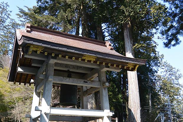 三峯神社・鐘楼