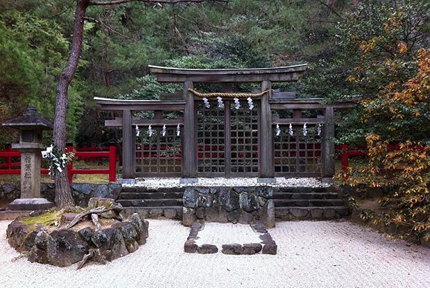 大神神社・三ツ鳥居