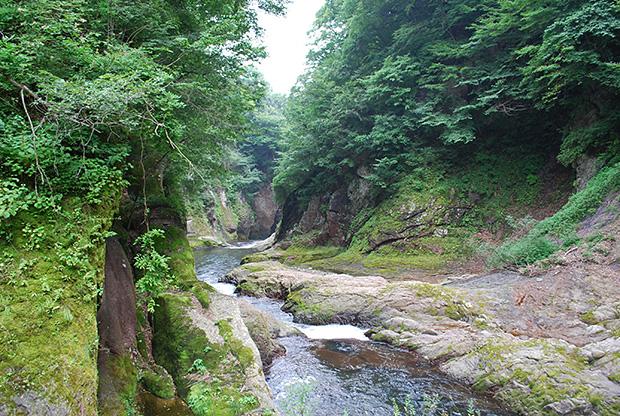 昇仙峡の様な渓谷