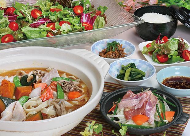 幸せの丘『ありあんす』山梨郷土料理の昼食