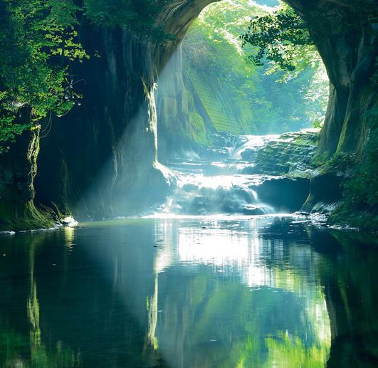 ハートの滝(濃溝の滝)