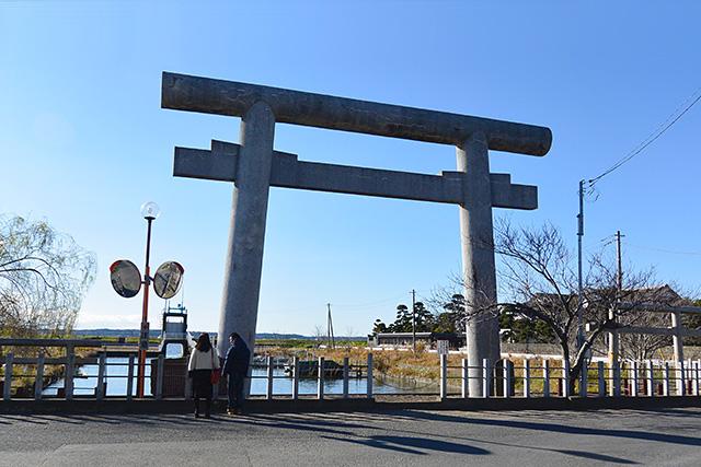 息栖神社・第一の鳥居(忍潮井)