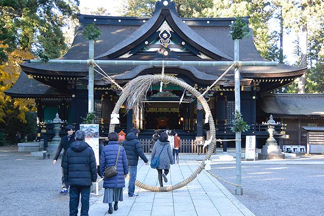 香取神宮・拝殿とミソギ・ゲート(茅の輪(ちのわ)