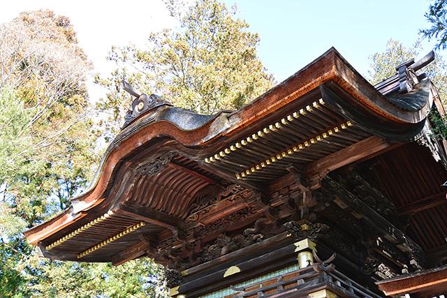 秋宮・幣拝殿