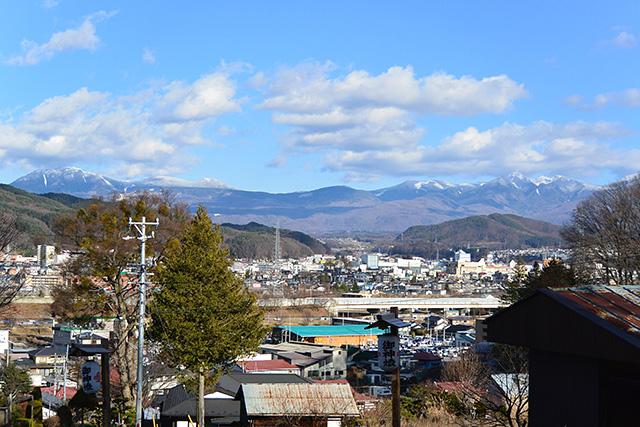 上社前宮からの八ヶ岳の眺望