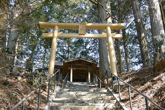 三峯神社で一番強いパワーがあるは遠宮(御仮屋)