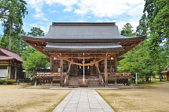 出石神社・拝殿